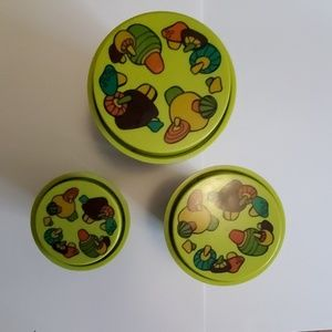 Vintage 1970's Rubbermaid Canister Set